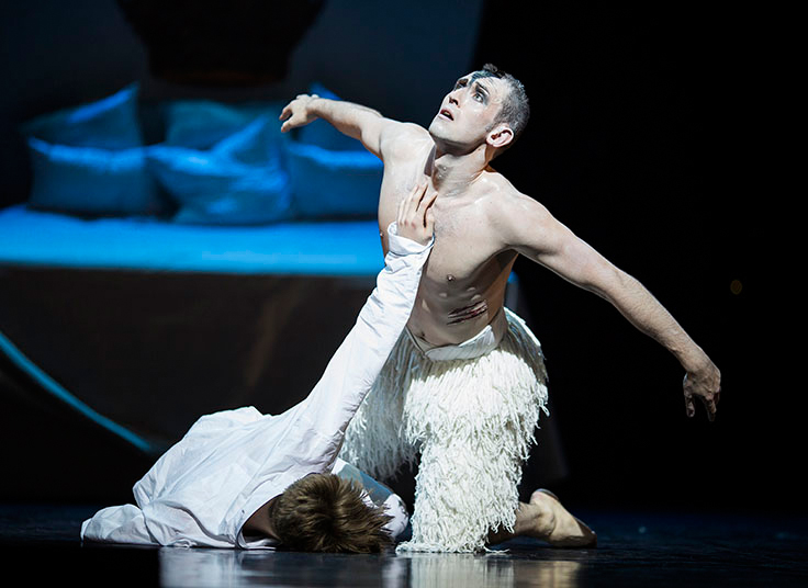 Chris Trenfield as the Swan in Act 4